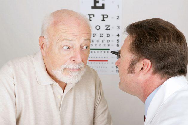 Лекарства только замедлят развитие катаракты
