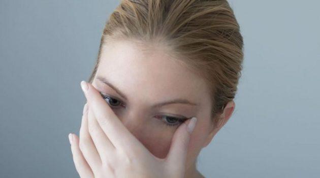 Гнойный конъюнктивит можно подхватить через грязные руки