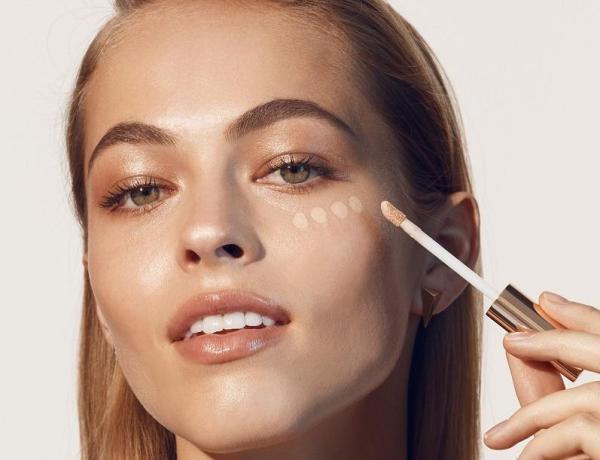 синяки под глазами можно замаскировать с помощью макияжа