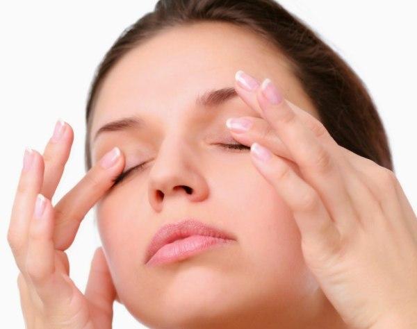 Таблетки стрикс применяют при жжении в глазах